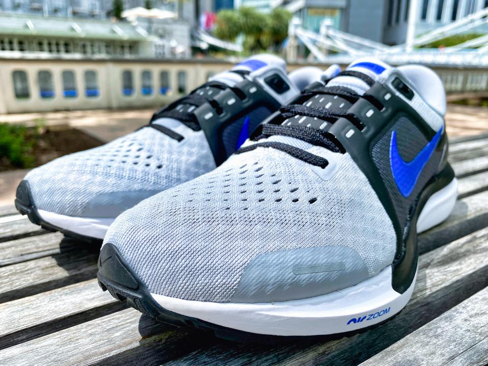 picture of Nike Air Zoom Vomero 16 - copyright Running Shoes Guru